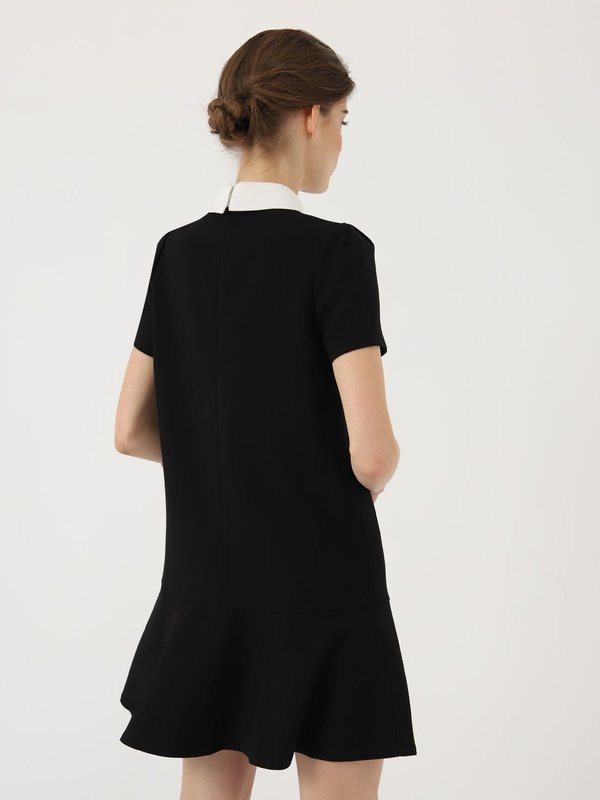 Платье с воротником  вид сзади