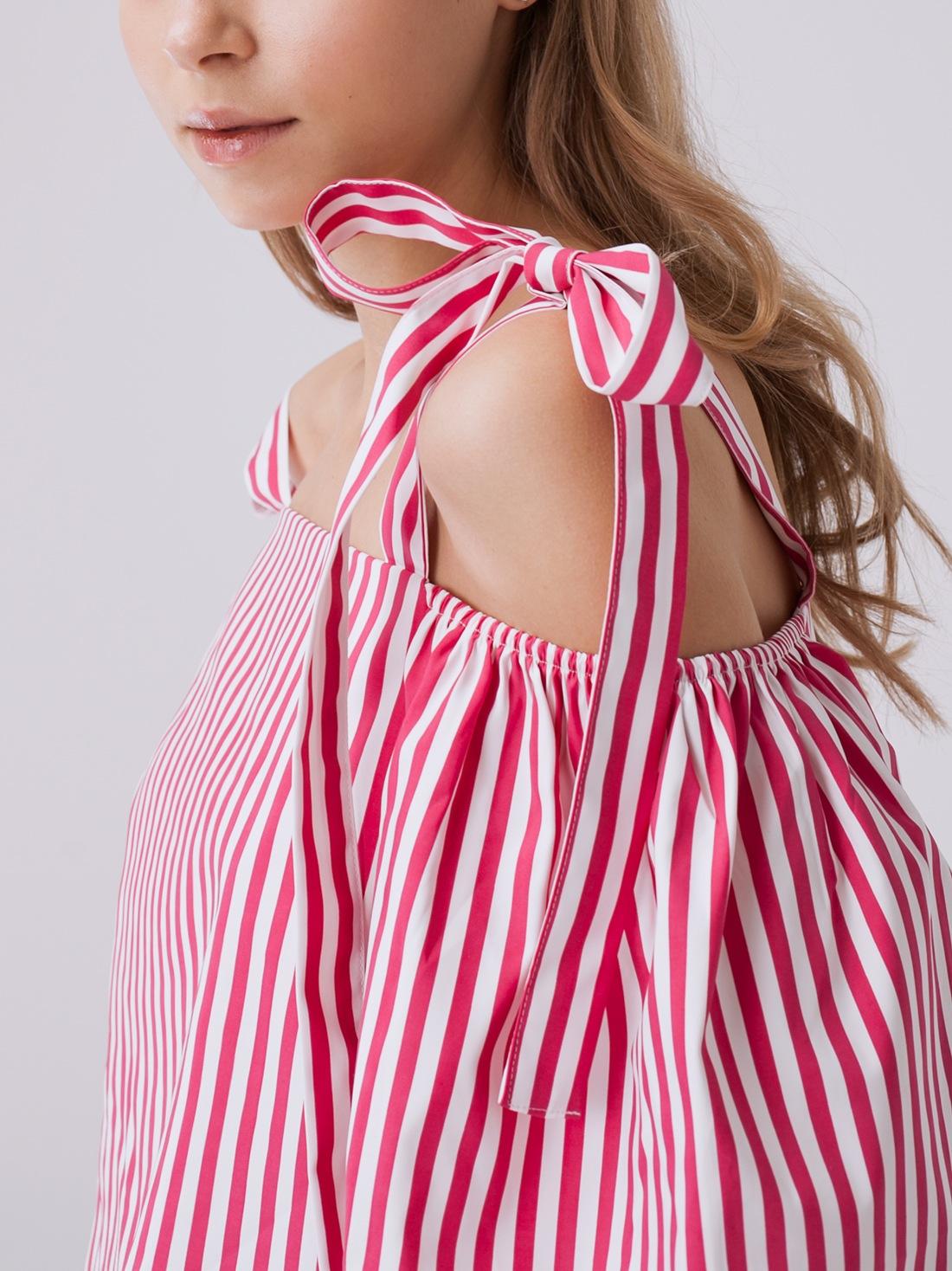 Блузка в полоску с открытыми плечами